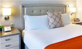 Allergen Friendly Bed At Seaport Hotel And World Trade Center Boston