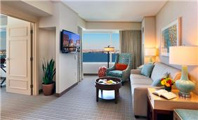 Harbor View Executive Suites At Seaport Hotel And World Trade Center Boston