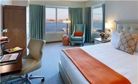 Harbor View Room One King Bed At Seaport Hotel And World Trade Center Boston