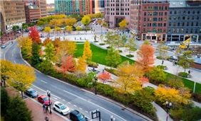 Rose Kennedy Greenway in the autumn - photo courtesy of Kyle Klein/GBCVB