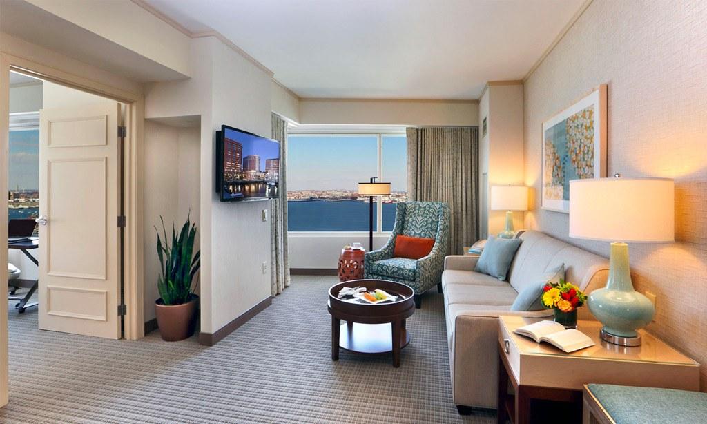 Seaport Hotel & World Trade Center, Boston Harbor View Executive Suites