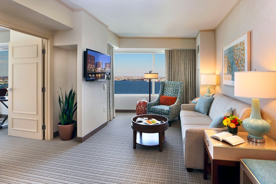 Seaport Hotel & World Trade Center, Boston Harbor View Executive Suites