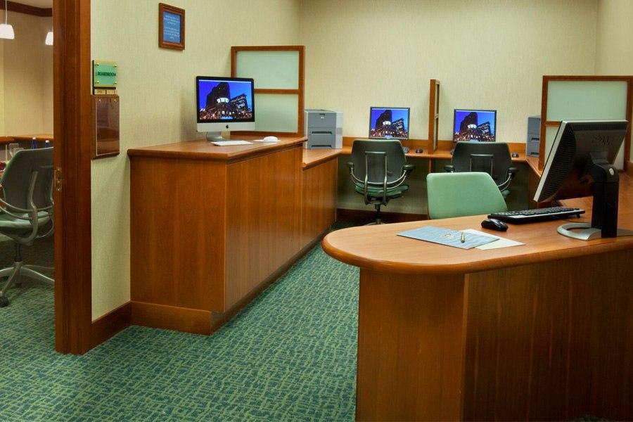 Seaport Hotel Business Center